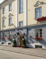 Hotelli Yöpuu