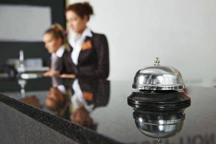 Halvat hotellit syksyyn