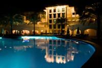 Näin hotellit rahastavat - katso mistä palveluista otetaan lisämaksuja